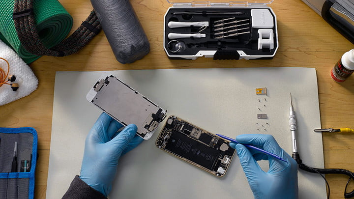 1 Hour professional service from only €39.99 @ www.iphonerepairs.ie